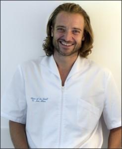 Doctor Javier Albares